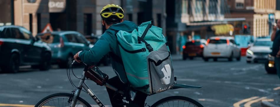 Food Delivery App Deliveroo Money-min
