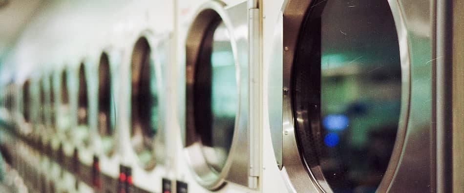 laundromat passive income-min
